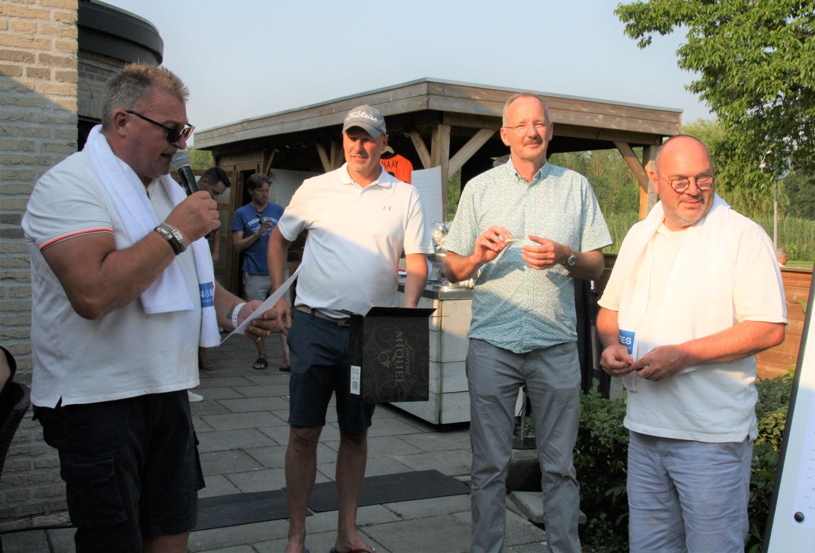Benefiet golftoernooi levert een prachtig bedrag op voor de jeugd van XerxesDZB!